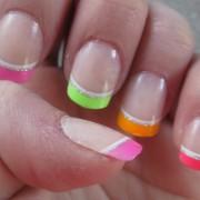 Mismatch manicure 3