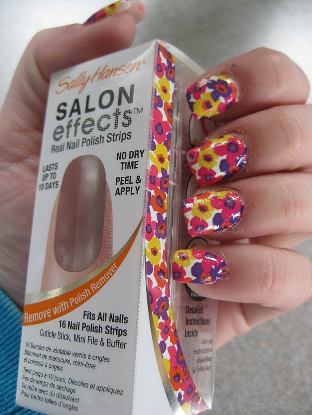 Sally Hansen Salon Effects Nail Stickers in Goldwork are a poor quality  product
