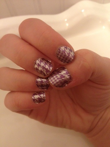 Purple Houndstooth Fall Nails