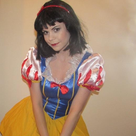Snow White Look1