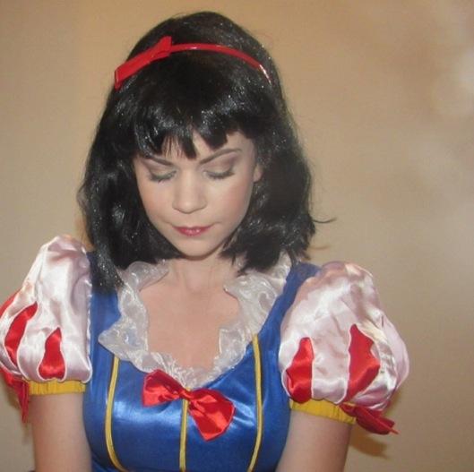 Snow White Look2